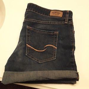 Levi Strauss signature jean shorts